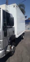 Ford cargo 815e