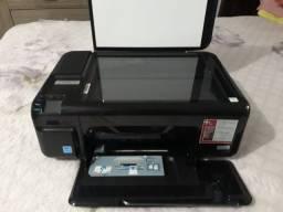 Vendo impressora multifuncional HP seminova R$380,00