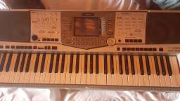 Vendo teclados Yamaha psr 2000