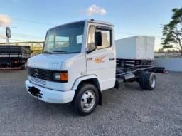 MB 710 Caminhão parcelado