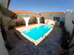 Casa Bairro Hienópolis, próx. Rua Cussy de Almeida, 304 m2 constr. 470 m2 terreno