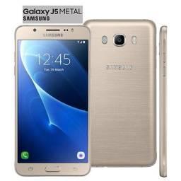 Celular Samsung Galaxy J5 Metal - J510MN/DS - Dourado - (Usado)