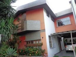 Ponto Comercial Casa Duplex, na rua mais comercial de Jardim Camburi