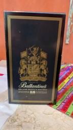 Whisky Ballantine's Deluxe Scotch 18 anos
