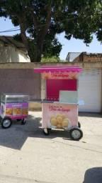 Barraca de pão de queijo e carrinho de empadas