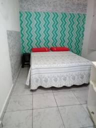 Quarto cozinha banheiro mobiliados pertinho da Santa Casa.