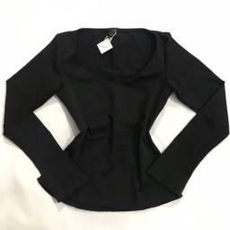 Título do anúncio: Blusas basicas pretas - preço unitario