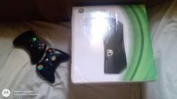 Vendo Xbox 360  ou troco em PS4