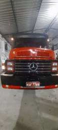 Caminhão casamba 1313