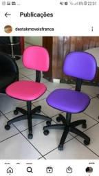 Cadeiras secretarias giratórias