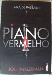 """Livro """"Piano Vermelho"""""""