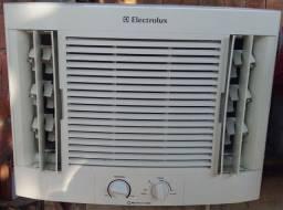 Ar condicionado Eletrolux 7500 btus 300 Leia