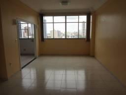 Ed. Manoel Maués, três quartos por R$ 2.250,00 (total do aluguel e acessórios)