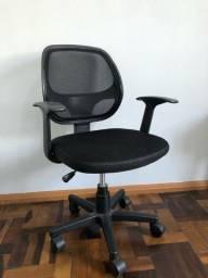 Cadeira escritório de rodinhas