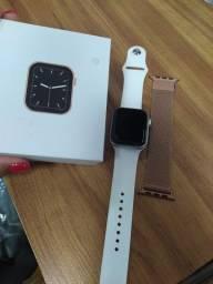 Smart watch 150,00 estou vendendo por que ganhei o original
