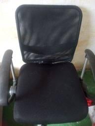 Cadeira de escritório pra vender logo 150