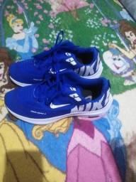 Sapato Nike, número 40