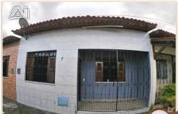 Casa com 2 Quartos e 1 banheiro à Venda, 60 m² por R$ 140.000