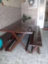 Mesa semi-nova