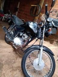 FAN 2013/ pedal.