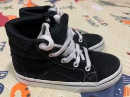 Tênis botinha preto - tamanho 29
