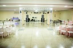 Festas e eventos Sonorização e iluminação