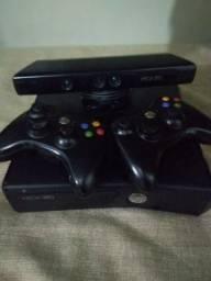Xbox 360 com 31 jogos originais