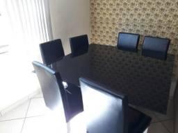 Vendo mesa de jantar linda 6 cadeiras