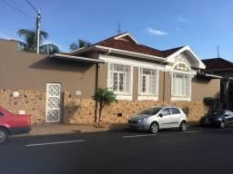 Casa à venda com 4 dormitórios em Centro, Barretos cod:54470