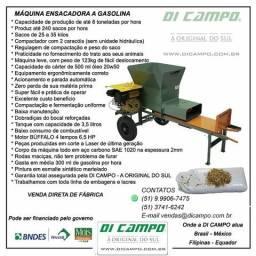 Máquina Compactadora de Silagem Di Campo
