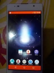 Vendo celular Sony por 250 apenas com uma rachadura pequena mais funciona perfeitamente