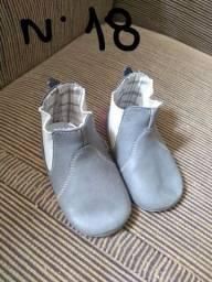 Desapego de calçados infantil