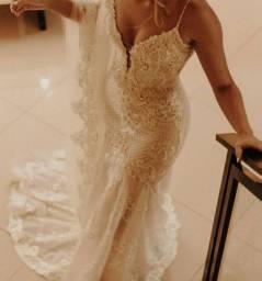 Vestido de Noiva modelo sereia + Véu