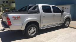 Toyota Hilux srv 4x4 / Diesel - 2013/2014