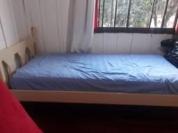 Vendo   cama e colchão de molas