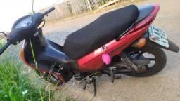 Vendo moto biz 2013