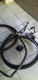 Vendo par pneus  com uma roda catraca CUBO