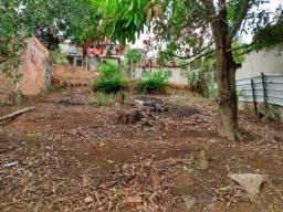 Vende-se casa + lote +construção na cidade de iapu-mg