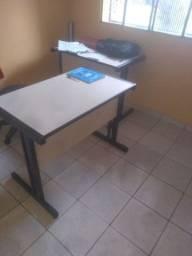 Mesa escritório c/ gaveta 75,00