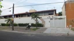 Vende Apartamento na Parangaba com 4 quartos sendo 3 suítes, 1 vaga