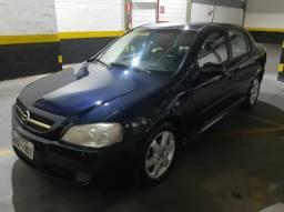Astra Sedan Elite Automático 2005