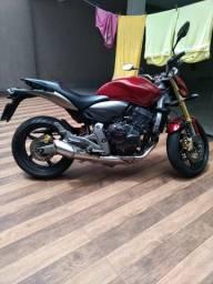 Vende-se Hornet 2008 ABS