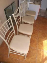 4 cadeiras excelente semi nova imperdível ___ entrego