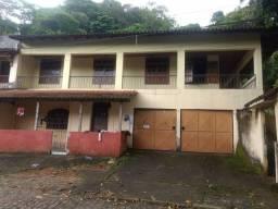 Casa com 2 quartos em Viana Sede