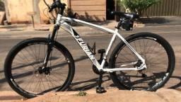 Vendo bicicleta aro 29 1 mês de uso