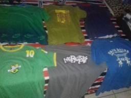 25 camisas sortidas Tamanho G+30 cabides