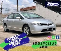 Honda Civic 1.8 LXS Manual com bancos em couro