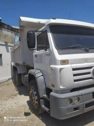 Caminhão vw 17210 ano 2002 truk caçamba