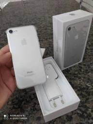 Iphone 7 128 Gb Prata Novo de Vitrine