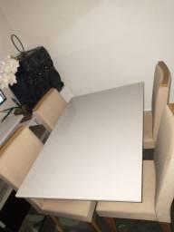 Mesa de Jantar, 4 cadeiras